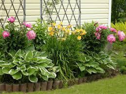 33 beautiful flower beds adding bright