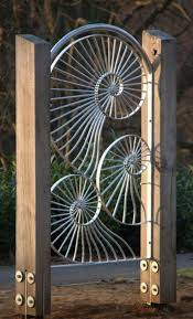 Cool You Can Get A Spider Web Gate Custom Made By Art Of Metal In The Uk Garden Gates Backyard Fences Metal Art