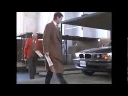 James Bond & Avis Tomorrow Never Dies - YouTube