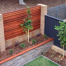 75 Beautiful Modern Brick Landscaping Pictures Ideas November 2020 Houzz