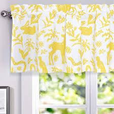 Amazon Com Driftaway Elina Rustic Woodland Animal Lined Thermal Insulated Energy Saving Window Curtain Valance For Kids Room Nursery Bedroom 2 Layers Rod Pocket 52 Inch By 18 Inch Plus 2 Inch Header
