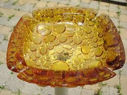 pattern ashtray glass 6x6x1 5 large
