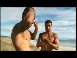 Robbie Magasiva & Pua Magasiva My World - YouTube