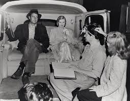 "Joel McCrea, Veronica Lake and director Preston Sturges on the set of  ""Sullivan's Travels,"" 1941. Paramount. | Veronica lake, Scenes, Behind the  scenes"