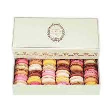 prestige gift box 30 macarons