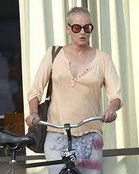 Lori Petty - Lori Petty Photos - Lori Petty Shops for Glasses - Zimbio