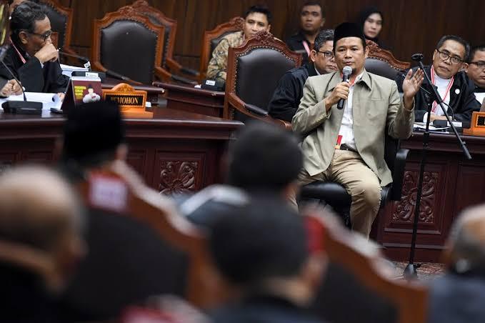 Hakim MK Gugatan Kecurangan