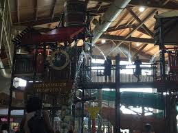 great wolf lodge big bucket picture