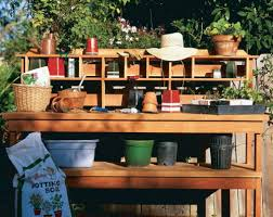 learn to build a potting bench