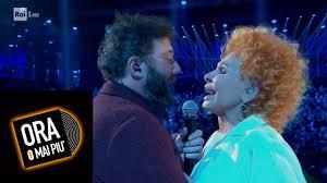 Paolo Vallesi e Ornella Vanoni cantano
