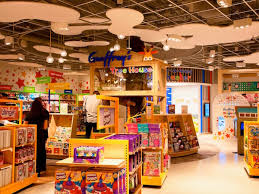 toys r us returns revived opens