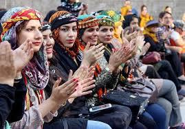 Image result for سفره  عید نوروز در لرستان