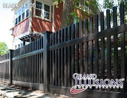 Illusions Pvc Vinyl Fence Photo Gallery Illusions Fence Vinyl Fence Front Yard Fence Modern Fence