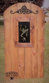 Tree Frog Steel Insert Window For Wood Gate Frog Pattern Etsy Wood Gate Gate Decoration Window Inserts