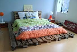 making a pallet bed