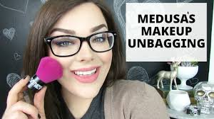 makeup unbagging swatches review