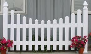 Picket Fence Vinyl Fence In Over A Dozen Picket Styles Picket Fence Wood Picket Fence Fence