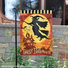 witch design garden banner