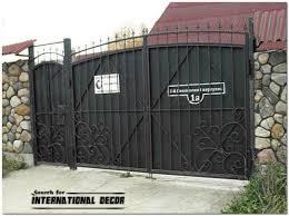 Unique Metal Fence Gate Designs 24 Gate Designs Gate Designs For Private House And Garage Metal Gate Gate Design Metal Fence Gates Fence Gate Design
