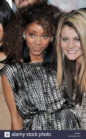 American Idol Season 10 Top 13 Finlalists Ashthon Jones & Lauren ...