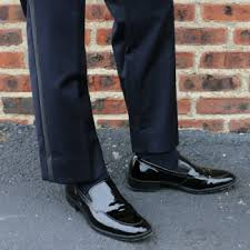 what shoes to wear with a tuxedo best