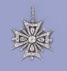 pin on cross pendants