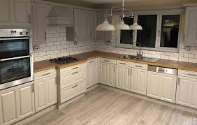 er to replace kitchen cupboards