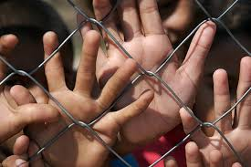 227 Hand On Chain Link Fence Stock Photos Pictures Royalty Free Images Istock