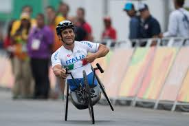 Grave incidente per Alex Zanardi: trasportato in elicottero in ...