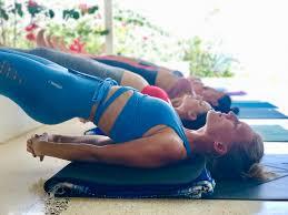 200 hour yoga teacher program