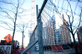 9 Tips To Construction Site Fencing Safety Sticklers