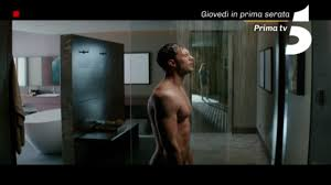 Cinquanta sfumature di rosso, stasera su Canale 5 il film: trailer ...
