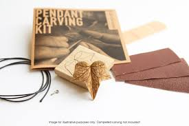 Ivy Leaf Pendant Carving Kit — Giles Newman