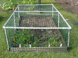 25 Fun Creative Uses Of Pvc Pipes In Your Garden Cool Creativities Diy Garden Bed Pvc Projects Vegetable Garden Raised Beds