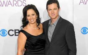 Without a Trace' Cast Eric Close is Living a Blissful Married Life ...