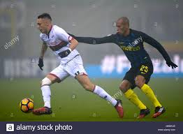 Milan, Italy. 2016, 11 december: Lucas Ocampos (left) of Genoa CFC Stock  Photo - Alamy