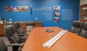 custom glass solutions manufacturers