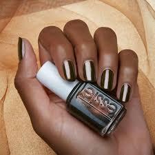 45 nails color for dark skin misiwe