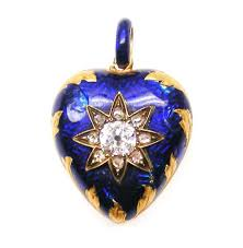 meaning and symbolism of heart jewelry