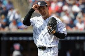 Yankees Masahiro Tanaka struck in head ...