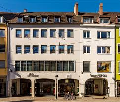 Datei:Kaiser-Joseph-Straße 244 246 (Freiburg im Breisgau) jm94444.jpg –  Wikipedia