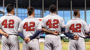 ジャッキー・ロビンソン・デー」に着用した「42」を、日本プロ野球で ...