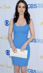 Adelaide Kane Height Weight Personal, Social Profile Body Phobia