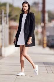 minimalist trend for women 2020