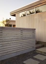 Seadrift Residence By Ccs Architecture Beach House Design Modern Landscaping Modern Fence