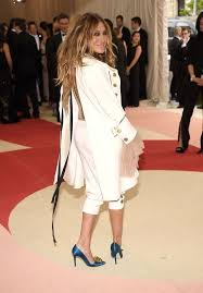 Sarah Jessica Parker Claps Back at Blogger Who Slammed Her Met Gala Look