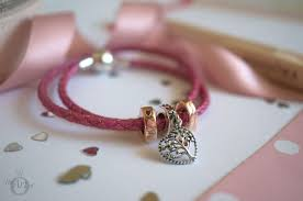 review pandora tree of love charm be