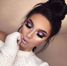 stunning and eye catching purple makeup