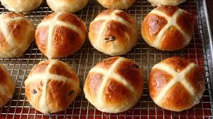 Hot Cross Buns Recipe - How to Make Hot ...