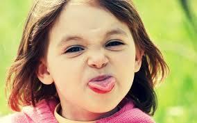اطفال بنات مضحكين اضحك مع البنوتة مش هتقدر تبطل ضحك حركات